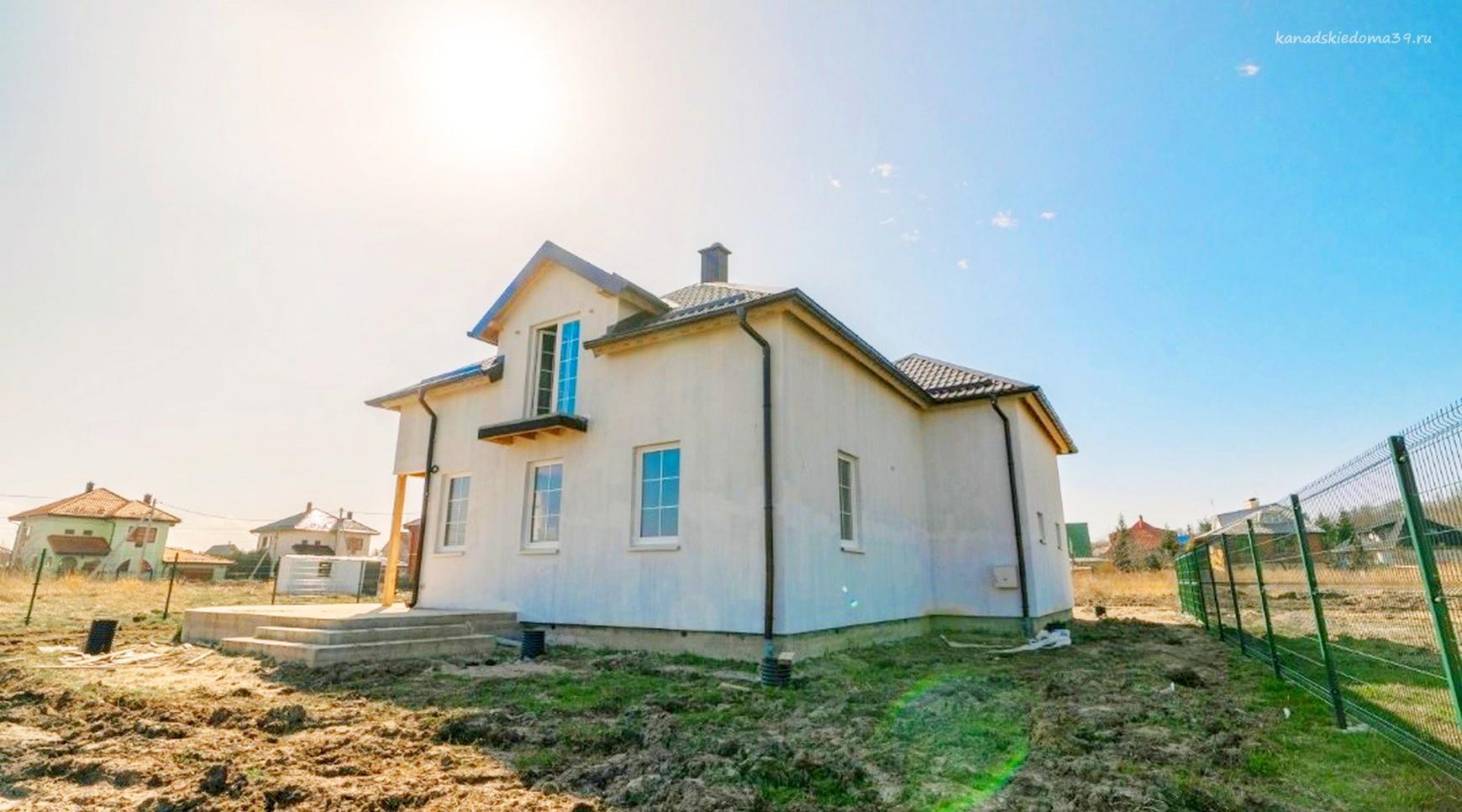 Сип дом со сложной крышей